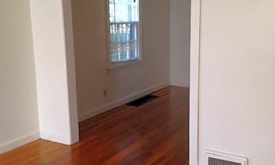 Bedroom, 1101 MacArthur Dr, 1