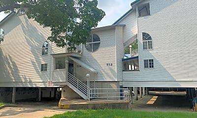 Building, 714 W Elm St, 0