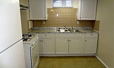 Kitchen, 1203 E Walnut St, 0