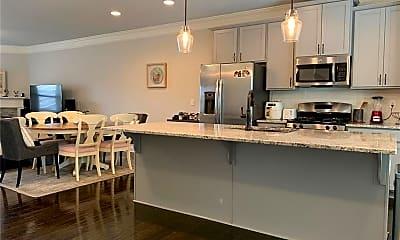 Kitchen, 1440 Baygreen Rd, 1