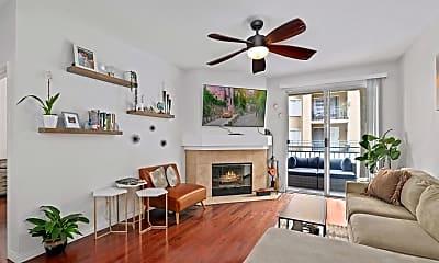 Living Room, 2020 Camino De La Reina, 0