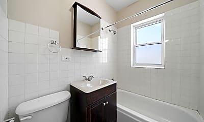 Bathroom, 2414 N Kilbourn Ave 1, 2