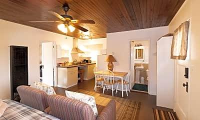 1170 N Rancho Robles Rd M1, 1
