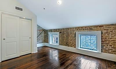 Living Room, 832 Lafayette St, 1