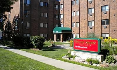 Bristol Square Apartments, 0
