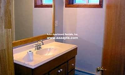 Bathroom, 160 Garland St, 2