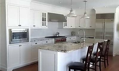 Kitchen, 493 Dune Rd, 1