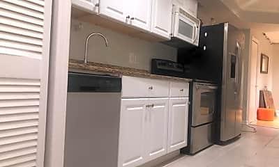 Kitchen, 1238 Queen St NE, 1