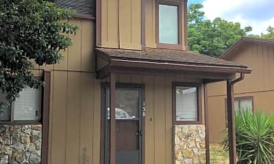 Building, 138 E Baywood Square, 0