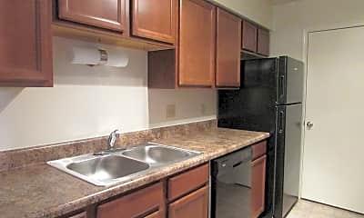Kitchen, Woodbridge Place Apartments, 0