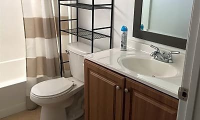 Bathroom, 14640 Burbank Blvd, 2