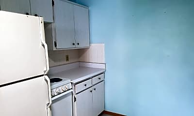 Kitchen, 2021 Pennsylvania Ave, 1