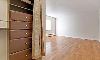 Bedroom, 1580 Detroit St, 2