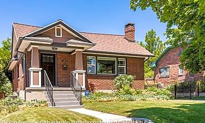 Building, 1363 Kensington Ave, 0
