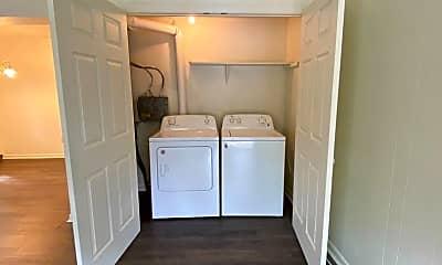 Kitchen, 2303 Columbia Ct, 1