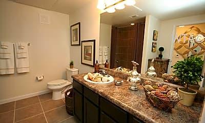 Bathroom, 5525 Mansions Bluffs, 2