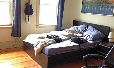 Bedroom, 32 Powell St, 1