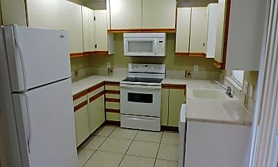 Kitchen, 3220 Bermuda Rd, 1