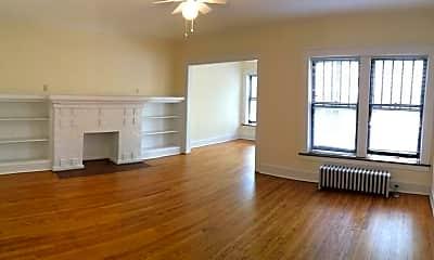 Living Room, 5752 North Winthrop, 1
