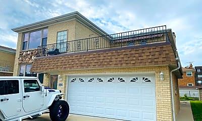 Building, 8440 W Windsor Ave, 1