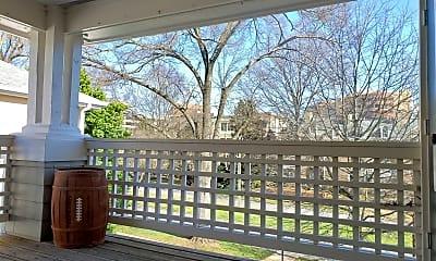 Patio / Deck, 318 Queens Rd, 2