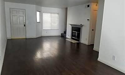Living Room, 76 N Sierra Bonita Ave 4, 1