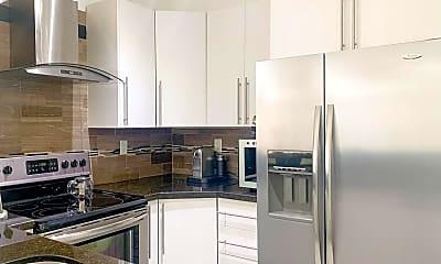 Kitchen, 2110 Bayberry Dr, 0