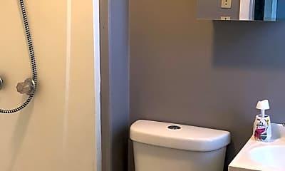 Bathroom, 3215 W 50th St, 2