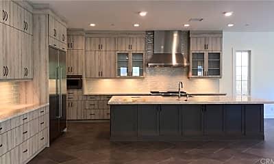 Kitchen, 91 Interstellar, 1