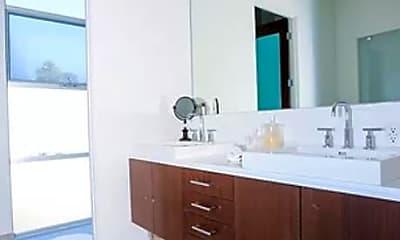 Bathroom, 3345 Rowena Ave, 2
