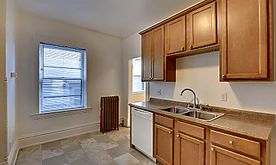 Kitchen, 598 Lincoln Ave, 1