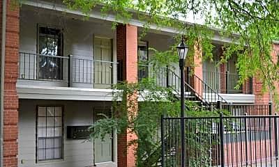 Residences At Gracie Mansion, 1