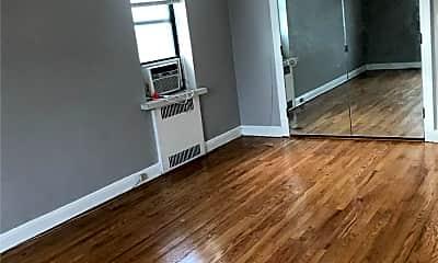 Living Room, 98-120 Queens Blvd 5L, 2