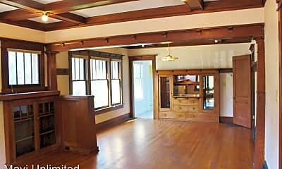 Living Room, 295 S Williams St, 0