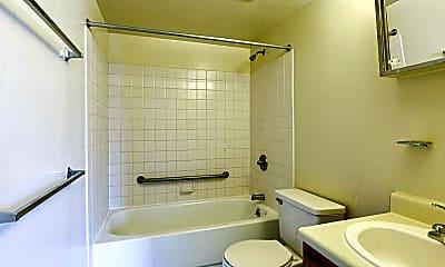 Bathroom, Metropolitan Plaza, 2
