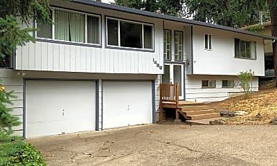 Building, 1489 E 31st Ave, 1