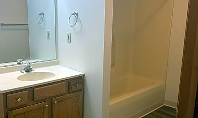 Bathroom, 1608 Crane St, 2