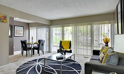 Living Room, The Colony at Towson Apartments & Townhomes, 1