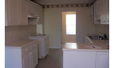 Kitchen, 4518 Castle Rock Rd, 1