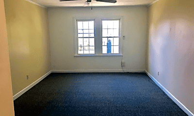 Bedroom, 3733 N Sacramento Ave, 1