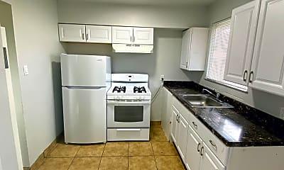 Kitchen, 1560 Mill St, 2