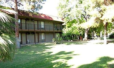 San Jose Manor, 2