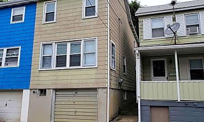 Building, 242 E Holland St, 2