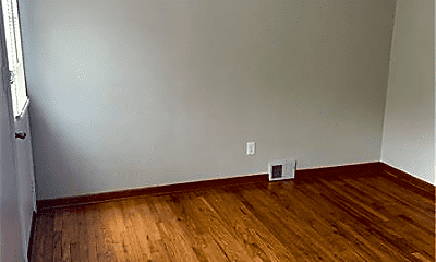 Bedroom, 1421 Pine Hollow Rd, 1