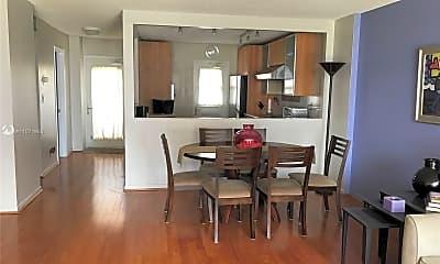 Kitchen, 2200 NE 33rd Ave 6D, 0