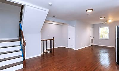285 Grant Ave 2, 1