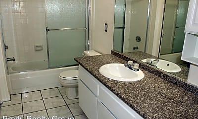 Bathroom, 3975 Bushnell Dr, 2