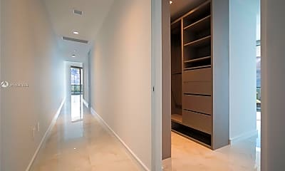18975 Collins Ave 2105, 0