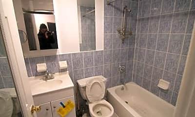 Bathroom, 25 Orchard St, 2