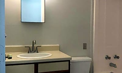 Bathroom, 27 Hege Drive, Unit 15, 2